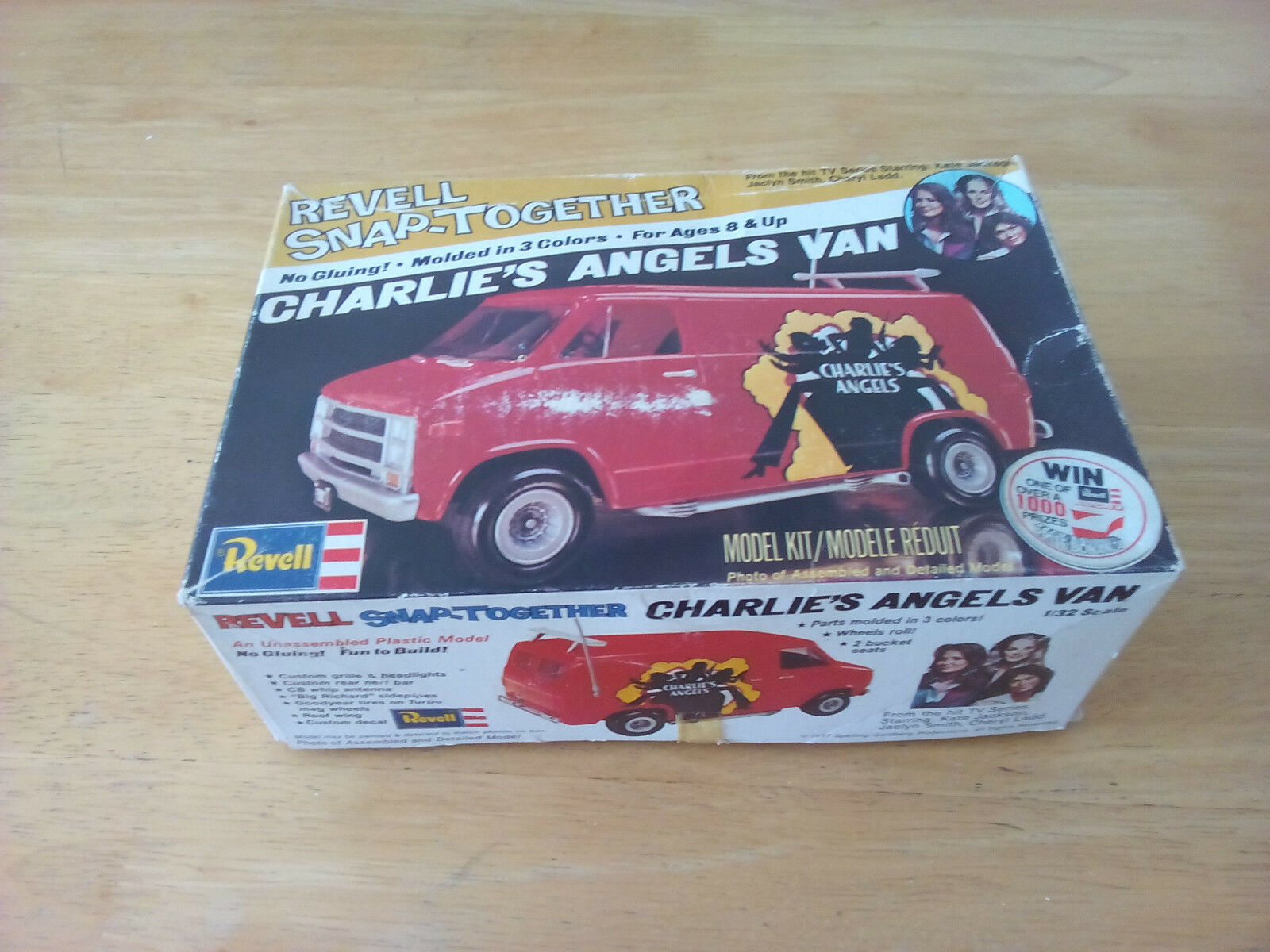 Charlies Angels Revell Snap-Together Van Model Kit 1977 H 1130 box unstarted