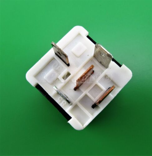 461-volvo multi-usage 5-Pin noir relais j 9130269 hella 4RA003510-73 espagne 90-15