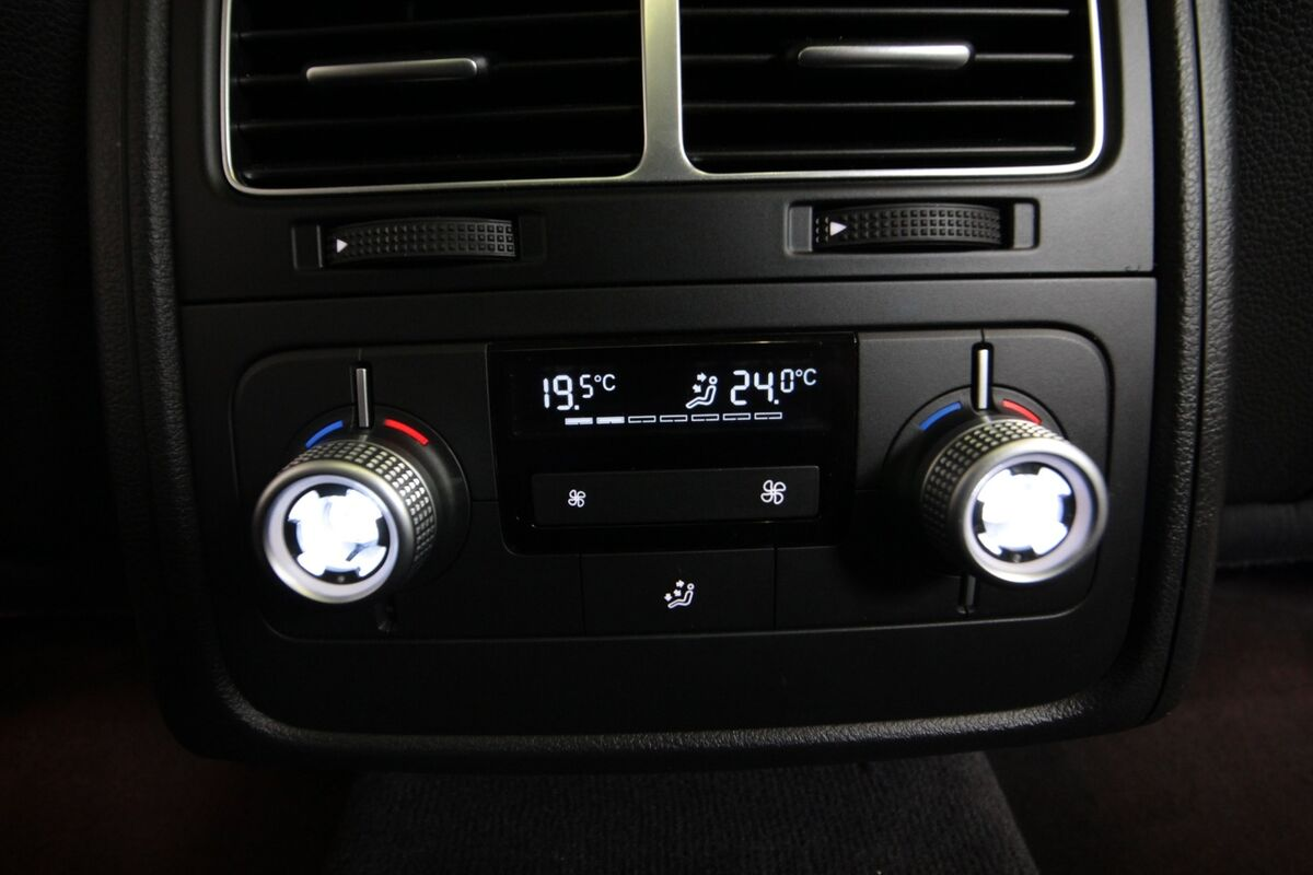 VW Touareg 3,0 V6 TDi 204 Tiptr. 4M Van