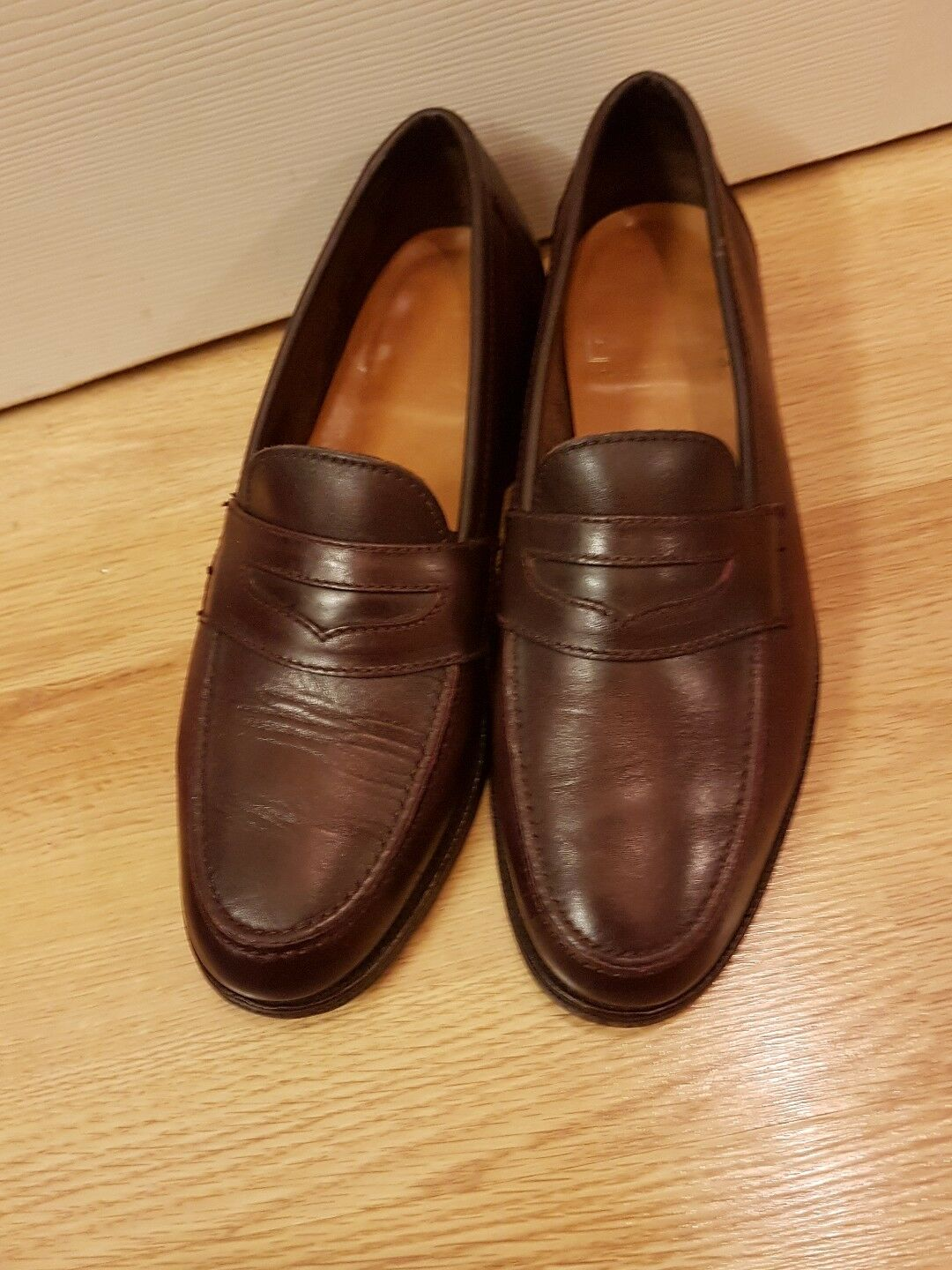 SANDRES MEN'S  LOAFERS  MADE IN ENGLAND  SIZR 8