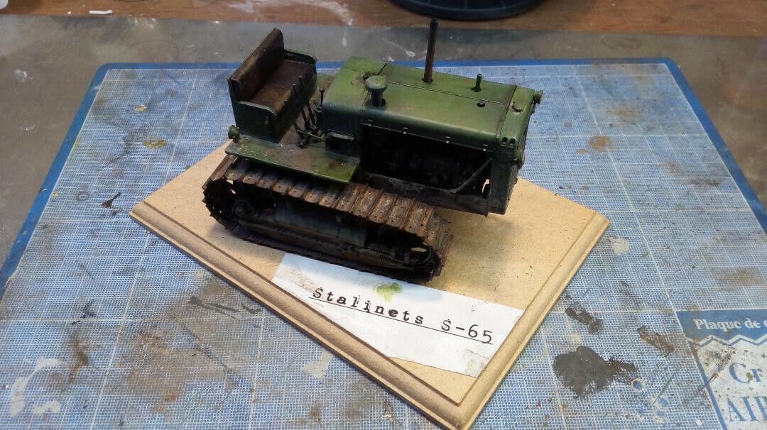 70% de descuento Maquette Maquette Maquette Tracteur russe Stalinets 65 ,marque Trumpeter,moteur LZ Model