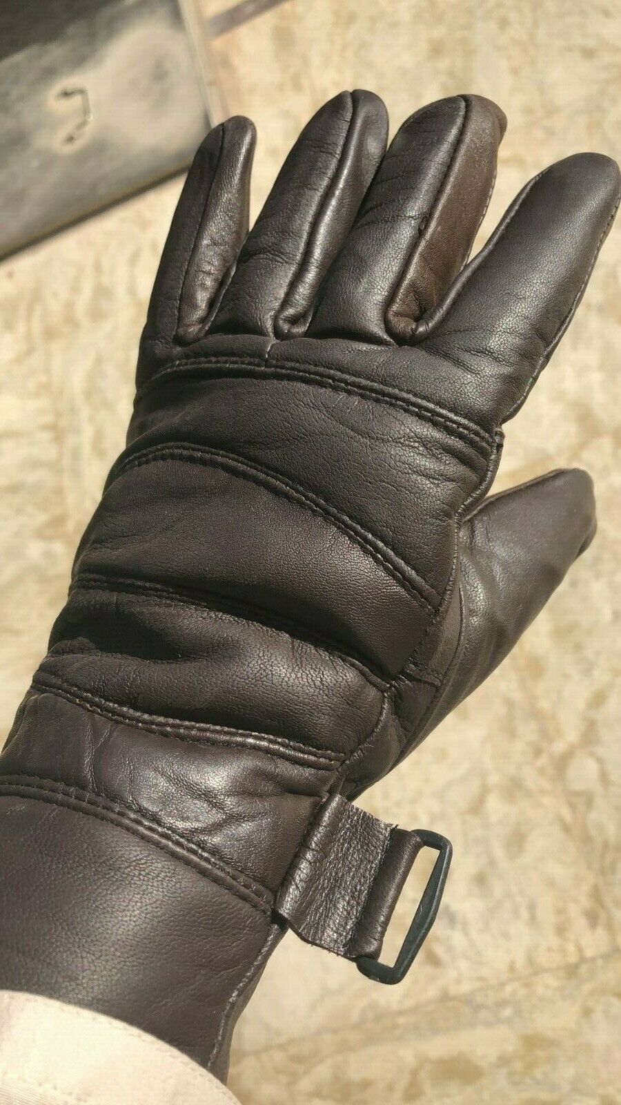 Pair Autumn and winter fashion leather pair gloves for men in black and brown...