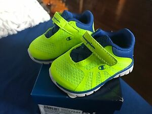 bdf3b6aaa6128f Image is loading BOYS-INFANT-GUSTO-BLUE-LIME-CHAMPION-BABY-SHOE-