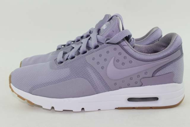 NIKE AIR MAX ZERO WOMAN SIZE 9.5 NEW PROVENCE PURPLE COMFORTABLE LIGHTWEIGHT