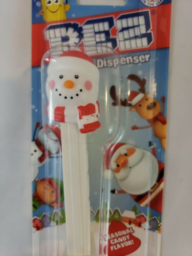 Carded CHRISTMAS  Pez Dispenser SNOWMAN New /& Free Shipping