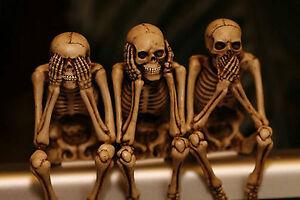 Framed-Print-See-Hear-Speak-No-Evil-Skeletons-Picture-Poster-Gothic-Horror