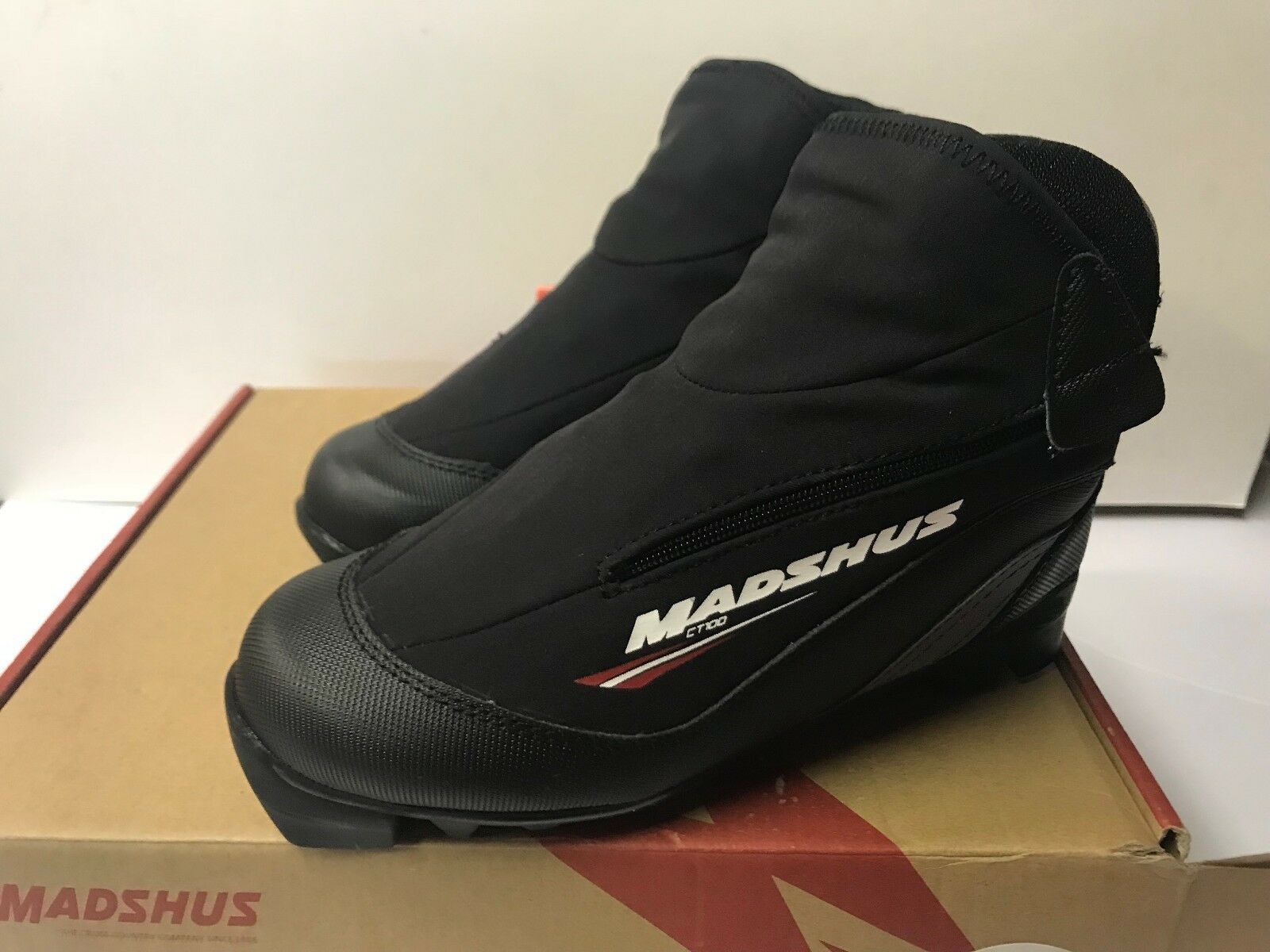Madshus CT 100 Ski Boot Cross County Nordic Touring Boots Mens 3 Women 4
