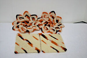 Vintage-Crocheted-Hot-Pads-and-Coordinating-Pot-Holders-Hand-Made-1960-039-s