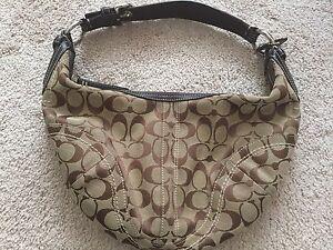 a84500b47f Image is loading Coach-Women-039-s-Purse-Ladies-Handbag-Zip-