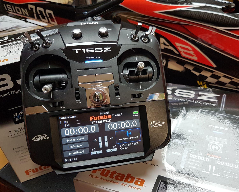 Futaba T16sz 16 + Radio 2 Canali Rc Telecomando 2.4ghz P-T16sz-Leu Nuovo
