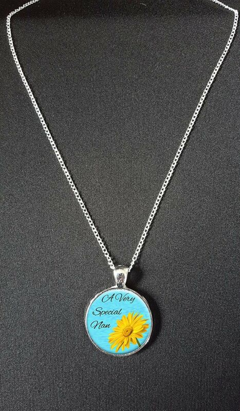 """A Very Special Nan Pendant On 18"""" Silver Plated Necklace Birthday Gift N158"""