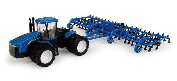 1 64 Ertl Neu Holland TJ530 Traktor W   Kultivator Set