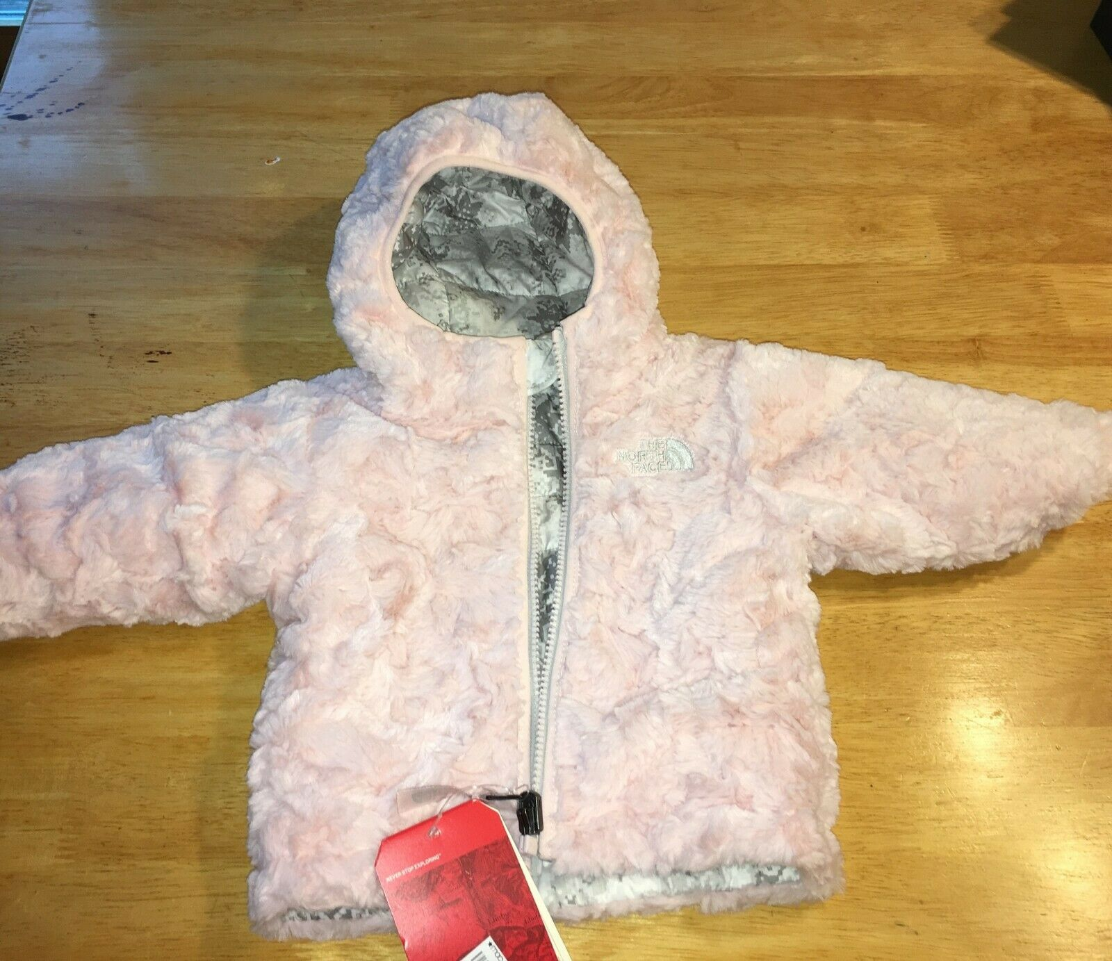 NWT The North Face Girl/'s Mossbud Swirl Reversible Hoodie Retail $80.00