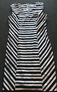 Ladies-size-12-Black-amp-White-Striped-TARGET-DRESS-Great-For-Work-Excellent-Con