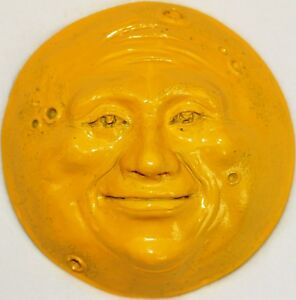 Handcrafted-Yellow-Full-Moon-Sculpture-by-Claybraven-for-Interior-Decor
