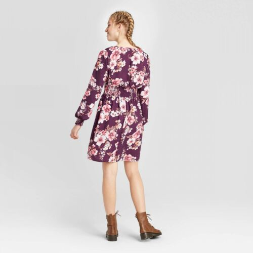 nWT Xhilaration Women/'s Floral Long Sleeve V-Neck Wrap Button-Down Mini Dress