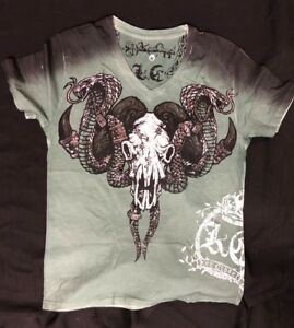 NEW KEY CLOSET T-Shirt TRIBAL BULL S//S TEE Black Cotton V-neck S-2XL