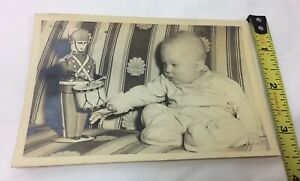 Vintage-Photo-Baby-Boy-w-Tin-Soldier-Present-Christmas-Mid-Century-Sofa-1948-49