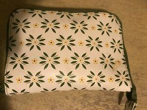 Temp-tation-Insulated-Bag-Old-World-Green