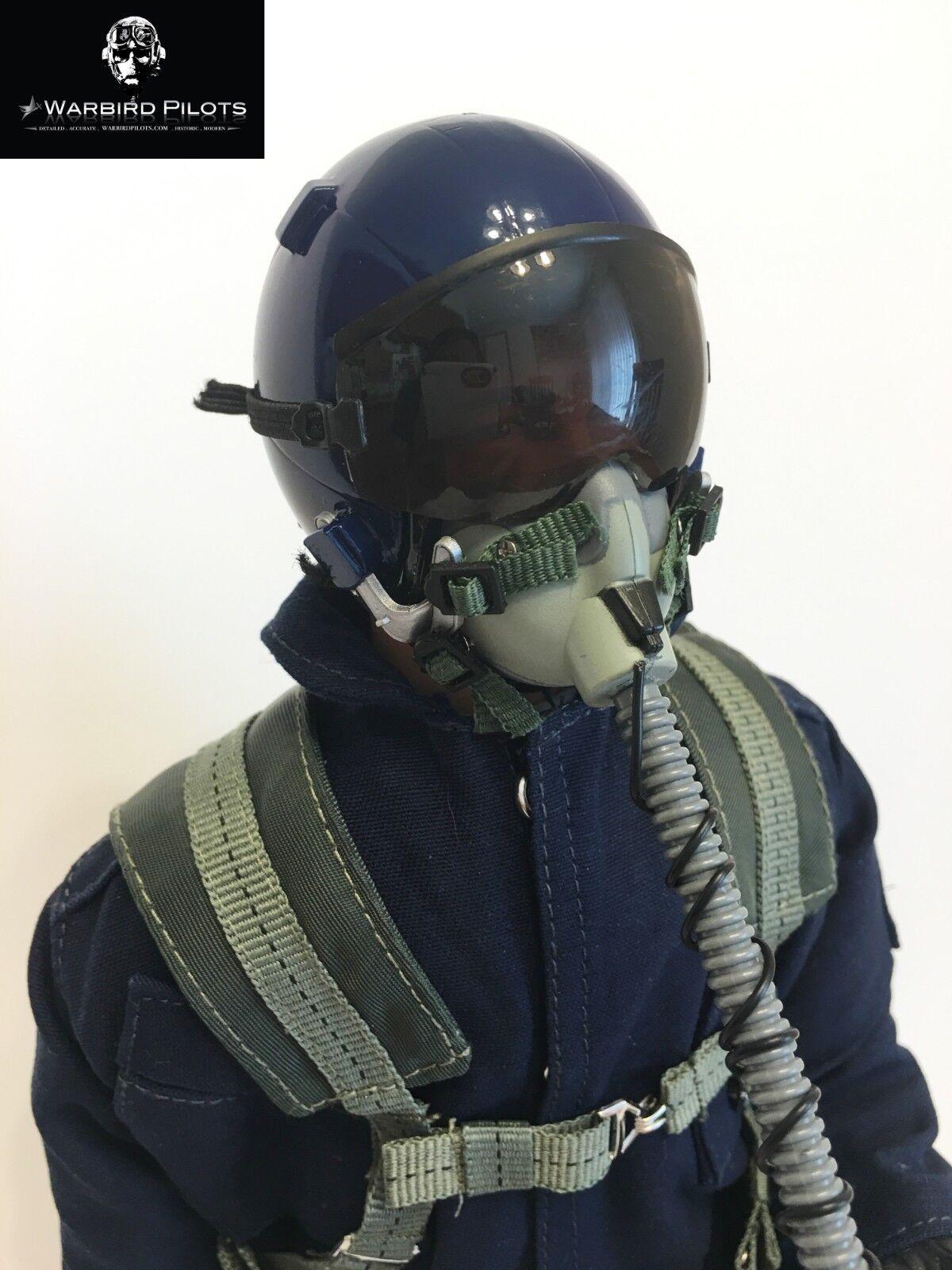 1 4.5  1 4 escala 15  de Alto Moderno Jet piloto figura (azul)