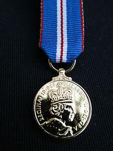 BRITISH-ARMY-RAF-RN-RM-Queen-039-s-Golden-Jubilee-2002-Miniature-Mess-Dress-Medal