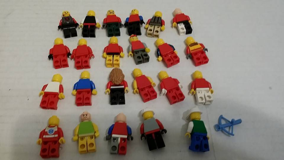 23 Original Classic LEGO Minifigures Mini Fig Mini Figure Red 1990s-2000 era