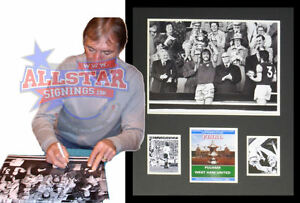 FRAMED-BILLY-BONDS-SIGNED-WEST-HAM-UNITED-1975-FA-CUP-FINAL-PHOTOGRAPH-SEE-PROOF