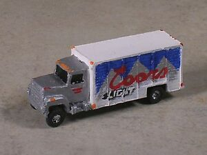 N-Scale-Coors-Light-Beer-Delivery-Truck