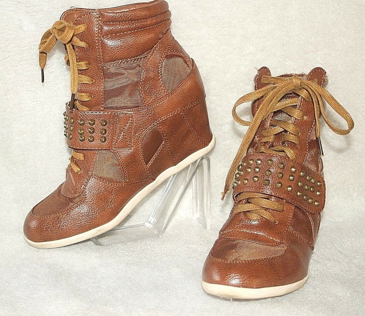 BAMBOO ~ Brown Hidden Wedge & Shearling Ankle Sneaker Boots Sz 10 * VERY GOOD