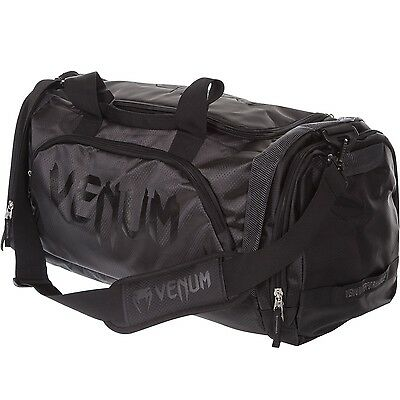 Borsone Venum Trainer Lite, Black, 2123. Dimensioni: 680 X 330 X 260 Mm. Mma, Bjj- Prezzo Più Conveniente Dal Nostro Sito