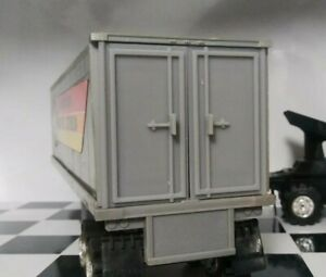 Gray-3D-Printed-Trailer-Doors-for-80-039-s-Schaper-Stomper-Semi-see-descr