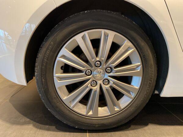 Peugeot 308 1,5 BlueHDi 130 Selection Sky - billede 5