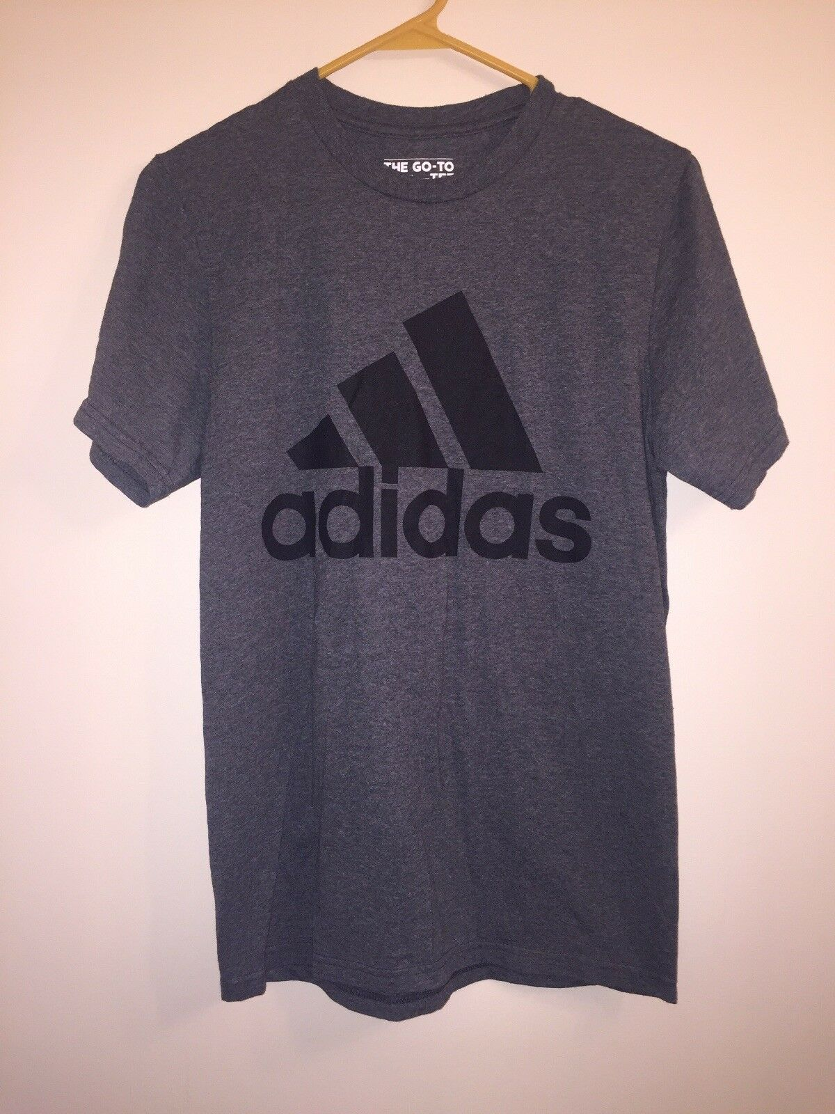 The Go Go T-Shirt von Adidas Grey and Black für Frauen Sz Small