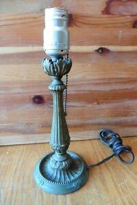 Lamp-Cast-Brass-or-Bronze-Desk-table-light-electric-Vintage-salvage-Antique