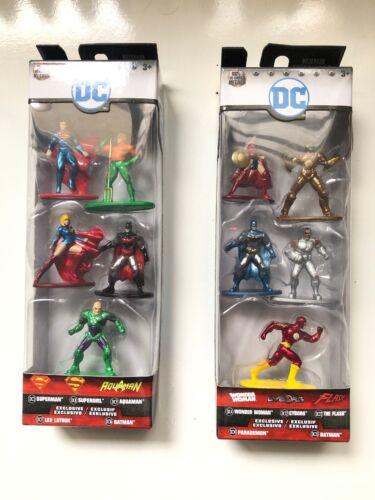10 FIGURINES EN  METAL 4 CM SUPER HEROS DC NEUF