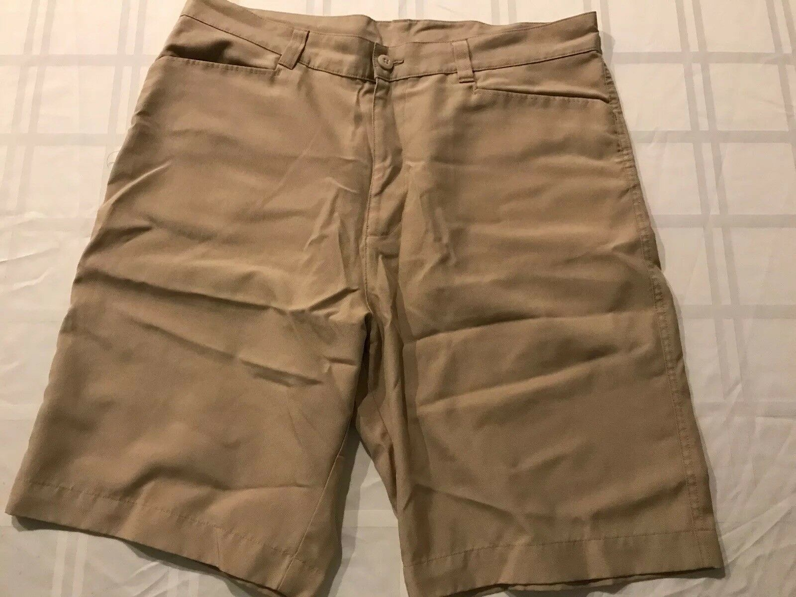 Patagonia Mens Sz 36 Polyester Shorts Flat Front Beige TS8