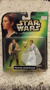 STAR WARS PRINCESS LEIA & WICKET THE EWOK ACTION FIGURE SET COLLECTION