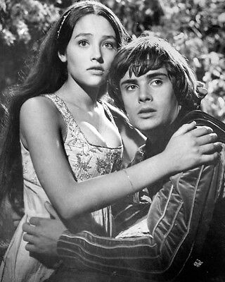 1038429 other Sizes Adaptable Olivia Hussey Romeo And Juliet 1968 8x10 Photo