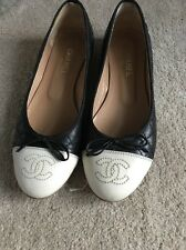 Chanel Flat Bombas De Crema Y Negro Uk Size 4