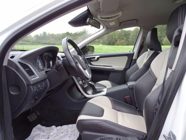 Volvo XC60 2,0 D4 190 Momentum aut. - billede 5