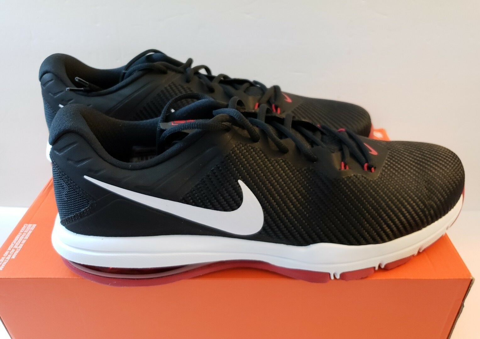 NIKE Mens AIR MAX FULL RIDE TR 1.5 US SIZE 15 Shoes - Black/White/Red