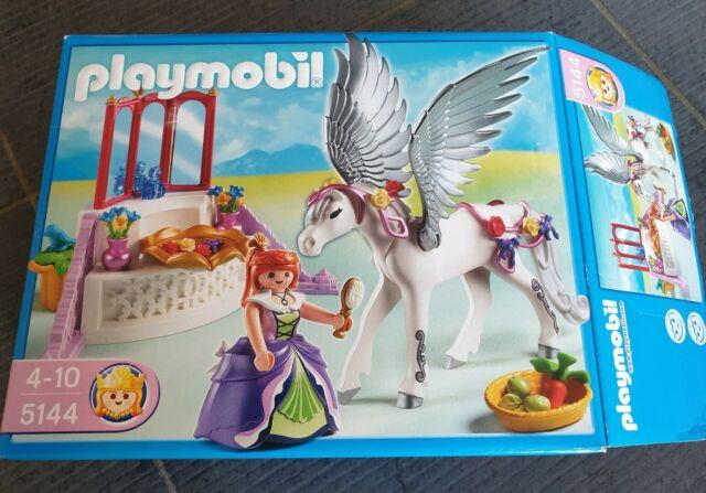Playmobil 5144 - Cheval ailé et coiffeuse de princesse