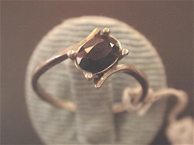 SEHR FEIN RING ALLIANCE ALLEINSTEHEND ONYX AUF silver VINTAGE 70 NEU T54