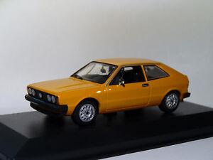 VW-Volkswagen-Scirocco-de-1974-au-1-43-de-Minichamps-Maxichamps