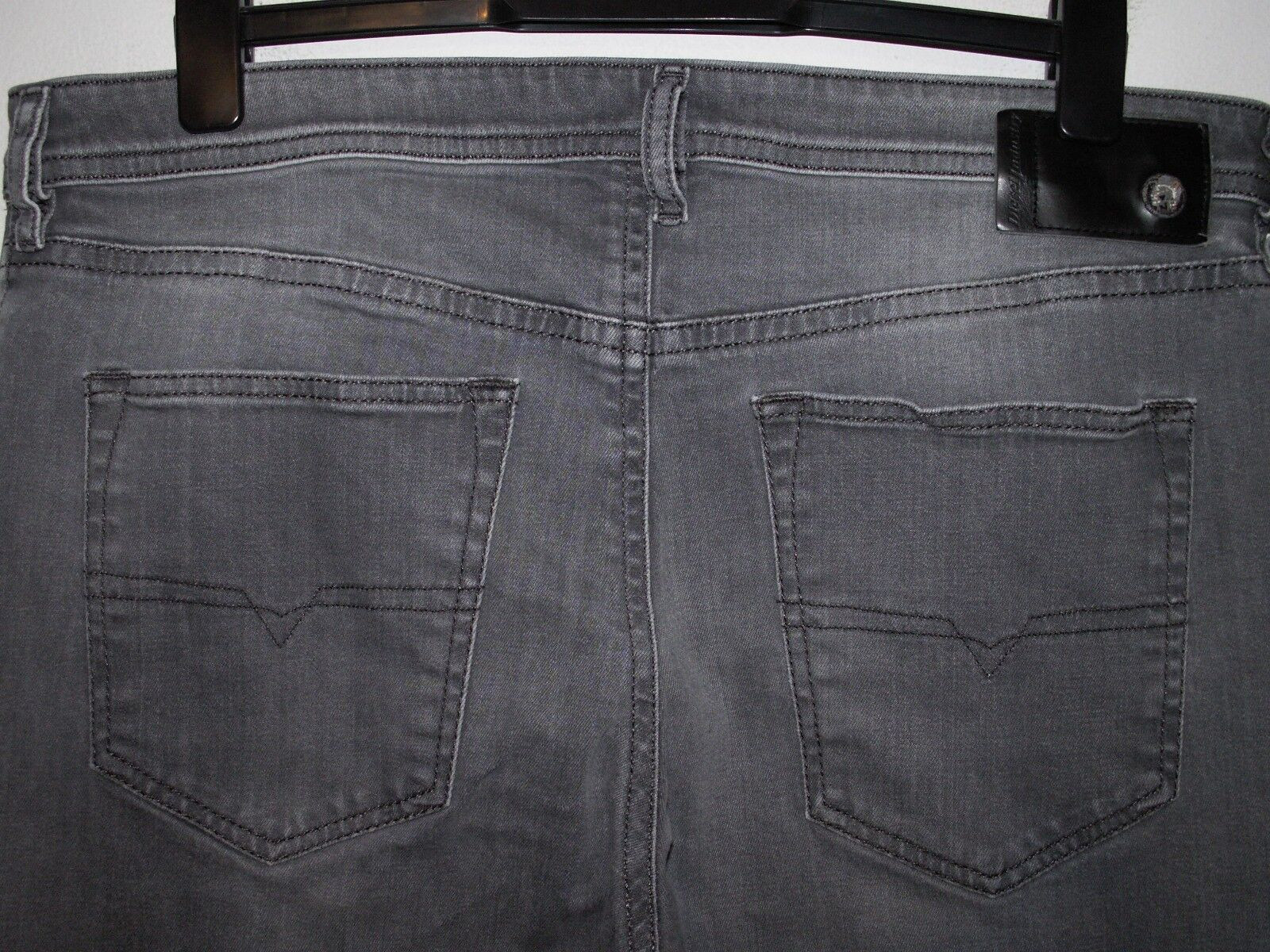 Diesel buster regular slim-tapered fit jeans wash 084HP stretch W36 L32 (a4459)
