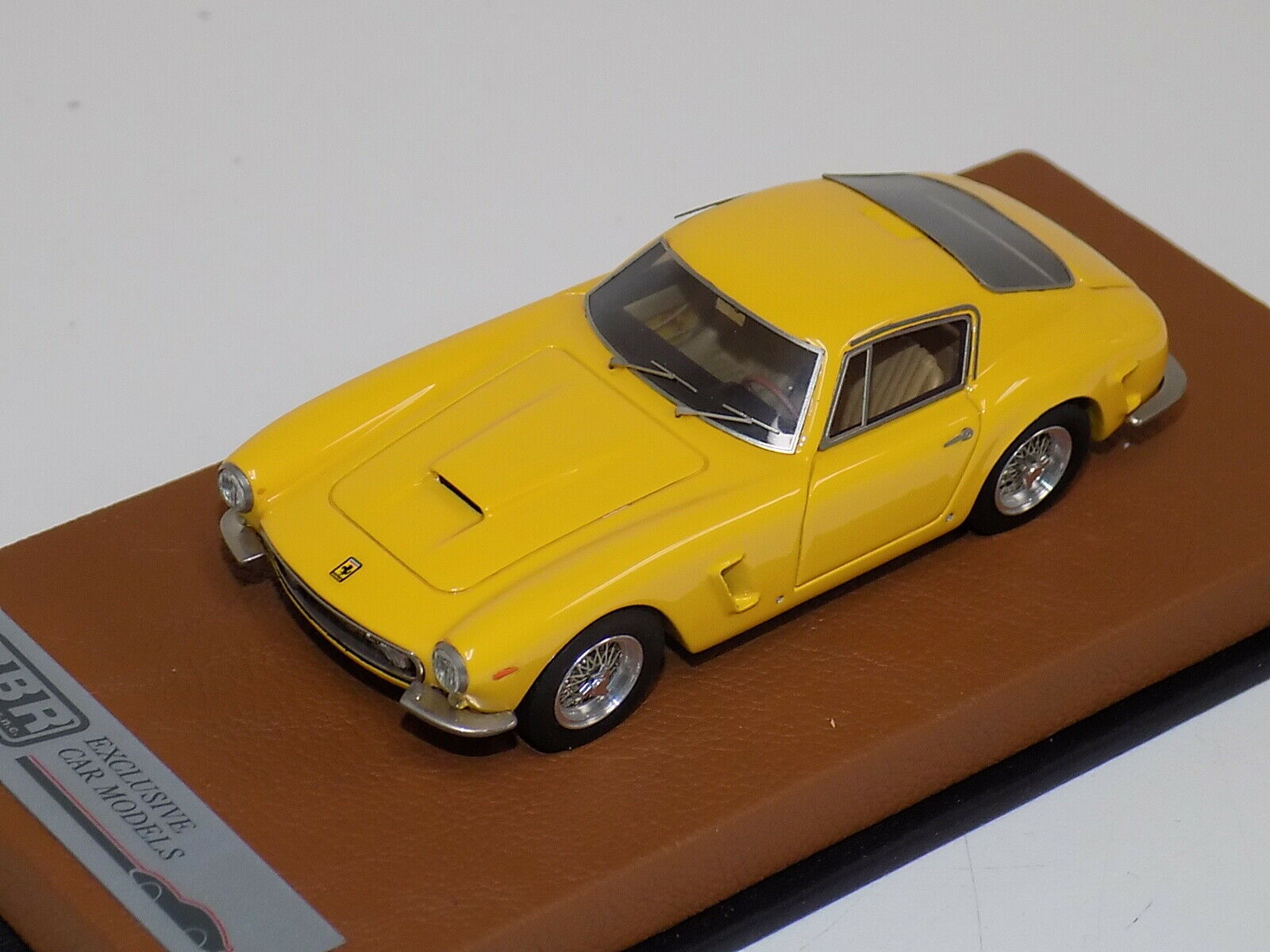 1 43 BBR Ferrari 250 SWB from 1961 in Gelb .   BBR74B   GP177