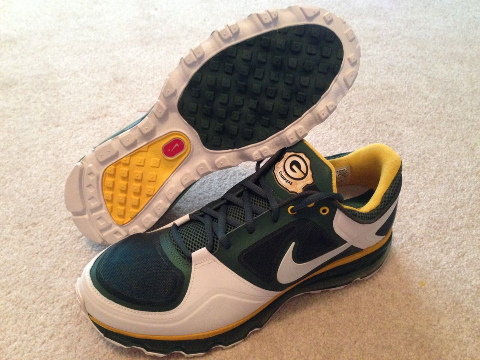 new product b794c 2b2d8 Nike Air Max Green Bay Packers Championship PE Sz 11 Rare Promo Sample