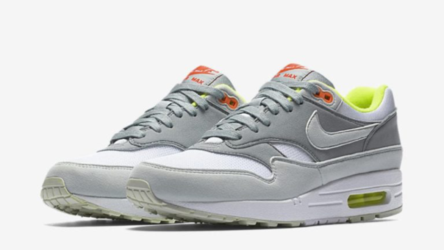 size 40 b4f2f 21502 WMNS NIKE AIR MAX 1 319986 107 WHITE BARELY GREEN LIGHT PUMICE GREY