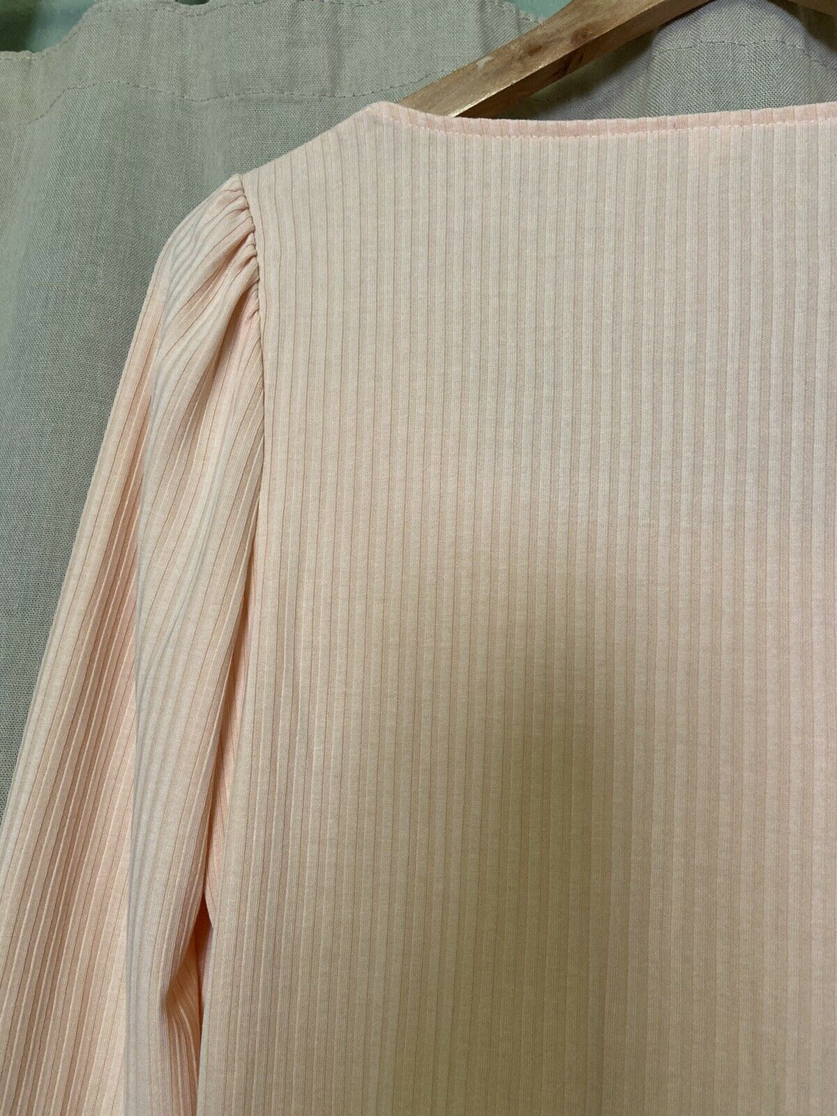 Anthropologie Size Small Peach Ribbed Long Sleeve… - image 8