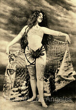 """Leopold Reutlinger Photo, """"Suzy Deguez"""" erotic dancer in Paris, 1900s"""